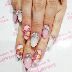 Lovely Heart with Floral Mani☆ | Jill