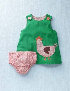 This is so cute!! I love it! Somebody make me this or get me this if I ever have a baby girl!