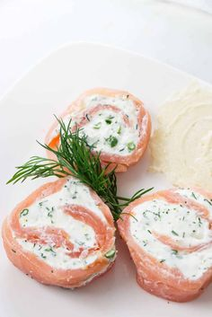 Smoked salmon pinwheels make a great addition to a cheese and cracker plate. They have soft creamy filling with a hint of fresh dill and lemon