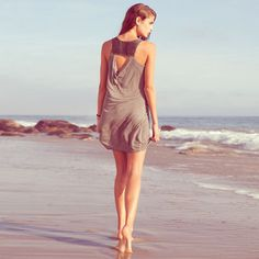 Such a happy dress! And I love that back detail. #dress #summer #beach #fashion