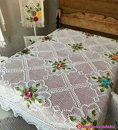 31 new Crochet ideas Poncho Crochet, Crochet Bedspread Pattern, Crochet Motif Patterns, Crochet Shell Stitch, Tapestry Crochet, Baby Blanket Crochet, Easy Baby Blanket, Diy Crafts Crochet, Crochet Flower Tutorial