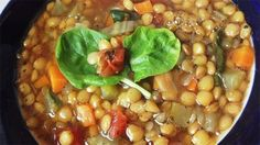 THE BEST lentil soup Lentils are coupled with vegetables for this family-friendly lentil soup. Topped with spinach and a splash of vinegar, this is the perfect weekday dinner. Lentil Soup Recipes, Healthy Soup Recipes, Ww Recipes, Cooking Recipes, Eat Healthy, Veggie Recipes, Cooking Stuff, Entree Recipes, Healthy Fruits