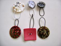 DIY Shawl Pins with Buttons Creative Designs by Sheila Zachariae