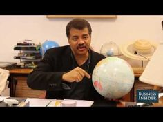 Neil deGrasse Tyson Is Worried That Humans Are Too Stupid For Aliens, references Stephen Hawking's fears about aliens