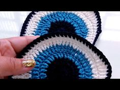 Crochet Eyes, Crochet Motifs, Crochet Diagram, Crochet Chart, Crochet Squares, Crochet Doilies, Crochet Flowers, Crochet Baby, Knit Crochet