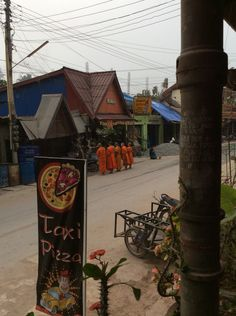 Monks collecting food at Pak Beng Vientiane, Laos People, Continents, River, Food, Nun, Food Items, Eten, Meals