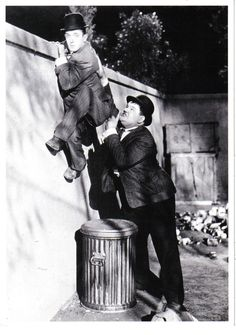 Oliver-Hardy-And-Stan-Laurel-2.jpg (1245×1771)