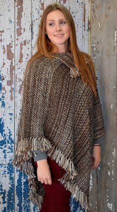 Handweaving Services are now available from Legacy Lane Fiber Mill. These include weaving blankets,rugs,ponchos,scarves,and more from your alpaca fiber