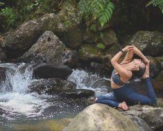 Gabriella Dondero looks peaceful in the Sunny Strappy Bra and High-Waist Ripped Warrior Legging #aloyoga #beagoddess