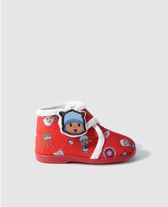 Zapatillas de casa de bebé niño de Personajes rojas con Pocoyo