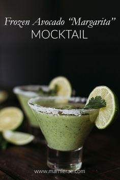 This Frozen Avocado mocktail recipe is a non-alcoholic version of the favorite summer drink, the Margarita. Garnished with salt and lime, this soft cocktail is great for summer parties. Best Mocktail Recipe, Easy Mocktail Recipes, Summer Drink Recipes, Summer Drinks, Summer Parties, Mocktail Drinks, Cocktail Recipes, Margarita Ingredients, Margarita Recipes