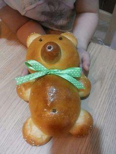 :-) Bread Art, Pan Bread, Pane, Ethnic Recipes, Bakery Business, Brioche, Shape