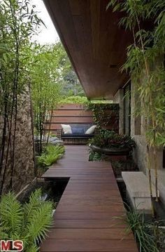 Jennifer Aniston's Beverly Hills Home: Outdoor Living