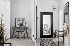 #styling #homestyling #hallway #hall Toppfräsch lägenhet på Söder | Move2