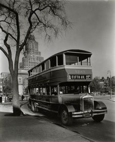 Bus, Washington Square c. 1936.