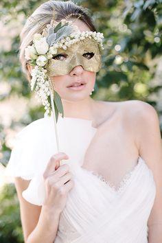 Masquerade wedding !!!