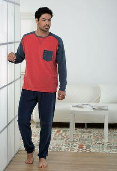 Pijama invierno Massana para él en rojo y terciopelo un clásico que no pasa de moda