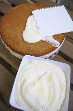 Krem na kwaśnej śmietanie do tortów, ciast i ciasteczek
