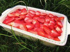 Osviežujúca jahodovo smotanová tortička!