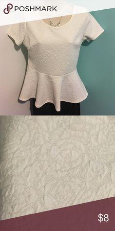 Blouse Short sleeve blouse with bottom ruffle, flower print Forever 21 Tops Blouses