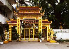 Vietnamese Phat Tich Temple on Nongbone Road, Vientiane_ North Laos