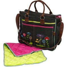 DUSHI luiertas is erg mooie tas maar ik ga denk ik toch voor een rugzak ivm dragen