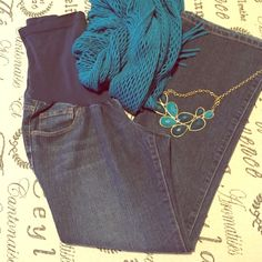 """Indigo blue maternity jeans size petite small 29"""" Indigo blue maternity jeans size petite small 29"""" inseam. Light wear on hem, no rips or holes or stains. Gentle preloved condition. Shop with us to dress your bump for less Bundle me for savings! Indigo blue Jeans Straight Leg"""