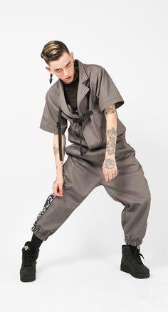 Sudadera online Kabukimono GRY para hombre. Ropa y accesorios de Arteporvo, fabricadas en algodón de alta calidad y hecho en #Barcelona #cotton #algodon #sudadera #kabukimonogry #kabuki #kabukimono #fashion #menfashion #alternativefashion #rave #underground #conflictsfree #arteporvo #arte #modachicos #design #fashiondesign #alternativefashiondesign . Direct Link: https://arteporvo.com/ropa-accesorios/kabukimono-gry-hombre/
