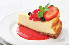 Charleston Food Tours will guide you through the rich culinary heritage of Lowcountry Cuisine and give you inside look into some of the best restaurants. Low Fat Desserts, Party Desserts, Just Desserts, Dessert Recipes, Healthy Cheesecake, Strawberry Cheesecake, Cheesecake Recipes, Cheesecake Original, Cheesecake Philadelphia