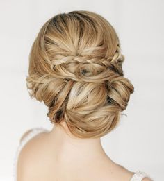 Gorgeous #updo but you may want to pack a few extra bobby pins for loose strands 4 hours later... read more #tips on how to execute a flawless #wedding here: http://www.modwedding.com/2014/02/03/wedding-day-beauty-survival-kit-for-the-flawless-bride/