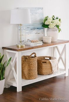 There are so many great decorative wicker storage basket out there that complement coastal style interiors perfectly. Shop the look of these coastal interior rooms that use rustic wicker baskets as stylish storage solution. Featured on Completely Coastal. Coastal Living Rooms, Living Room Decor, Coastal Homes, Cozy Living, Coastal Bedrooms, Home Decor Styles, Diy Home Decor, Stylish Home Decor, Beach House Decor