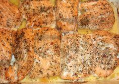 Karácsonyi lazac narancságyon recept foto Ale, Meat, Chicken, Food, Ale Beer, Essen, Meals, Yemek, Eten
