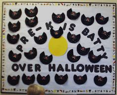 Checkout this great post on Bulletin Board Ideas!  Cute on for the fall!