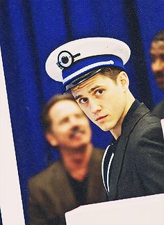 aaron tveit in catch me if you can - is it just me or does he REALLY look like Tom Hiddleston in this picture?