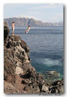 Diving cliff, Amoudi Oia, Santorini, Greece