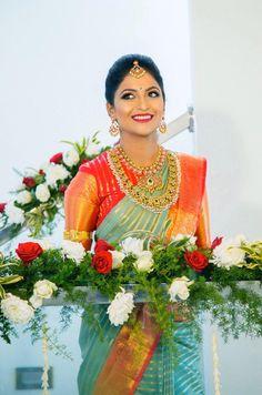 South Indian Bride, Indian Bridal, Organza Saree, Silk Sarees, Pattu Saree Blouse Designs, Saree Trends, Kanchipuram Saree, Saree Look, Indian Wedding Outfits