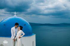 Wedding Photographer in Santorini / Oia for Chinese Couple - Aeginaphotographer Santorini Wedding, Greece Wedding, Pre Wedding Photoshoot, Santorini Greece, Great View, Wedding Season, Athens, Portrait Photographers