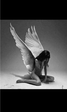 So sad so sexy. Foto Fantasy, Dark Fantasy Art, Dark Art, Foto Software, Sad Angel, Angel Artwork, Gothic Angel, Angel Drawing, Angel Pictures