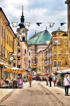 Salzburg- Austria Street Photo — by Mohammed Abdo Places Around The World, Oh The Places You'll Go, Places To Travel, Places To Visit, Around The Worlds, Wonderful Places, Beautiful Places, Bósnia E Herzegovina, Wachau Valley