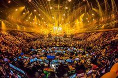 Eurovision MAlighting. Conexiones en red, fibra óptica, servidores de video, wowww
