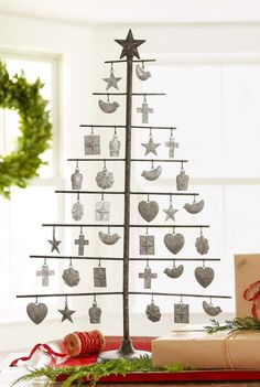 Our beautiful milagro tree decoration will make a memorable addition to your festivities.