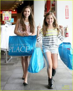 I like shopping with my sister.