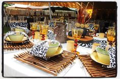 Amazing Home Decoration Ideas African Wedding Theme, African Theme, African Wear, African Dress, Zulu Traditional Wedding, Traditional Decor, Traditional Dresses, Wedding Centerpieces, Wedding Decorations