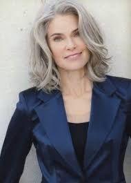 Resultado de imagen para hais.style.in gray for 40 age.woman.