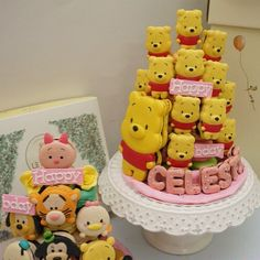 #disney #macaron #macarons #macaroon #pooh #macaroons #love #cute #instacute #instafood #instagood - See more at: http://iconosquare.com/viewer.php#/detail/1038258895690841511_332045686