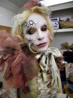 Broken doll makeup. This one is so cool!
