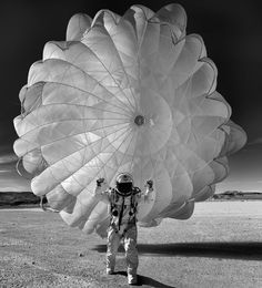 "kafkasapartment: "" Untitled (astronaut with parachute) Marco Grob… Felix Baumgartner, Major Tom, Its A Mans World, Disney Marvel, Photo Black, Black And White Photography, Twitter, Cosmos, Color Splash"