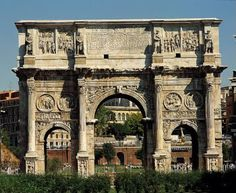Arcos conmemorativos: se construyen cuando el emperador muere. Ejemplos (en Roma): El Arco de Tito