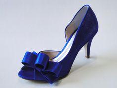 Joanna Guidorizzi- sapato, calçados, noivas, festa, casamento, madrinha, debutante, scarpin, retro, peep toe, sandália, sapatilha, cetim, fo...