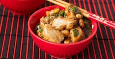 Thai chicken with slow cooker peanut sauce - Recipe .- Thai chicken with slow cooker peanut sauce – Recipes – My Fork Slow Cooked Chicken, Thai Chicken, How To Cook Chicken, Peanut Sauce Recipe, Sauce Recipes, Chicken Recipes, Turkey Dishes, Cooking Wine, Different Recipes
